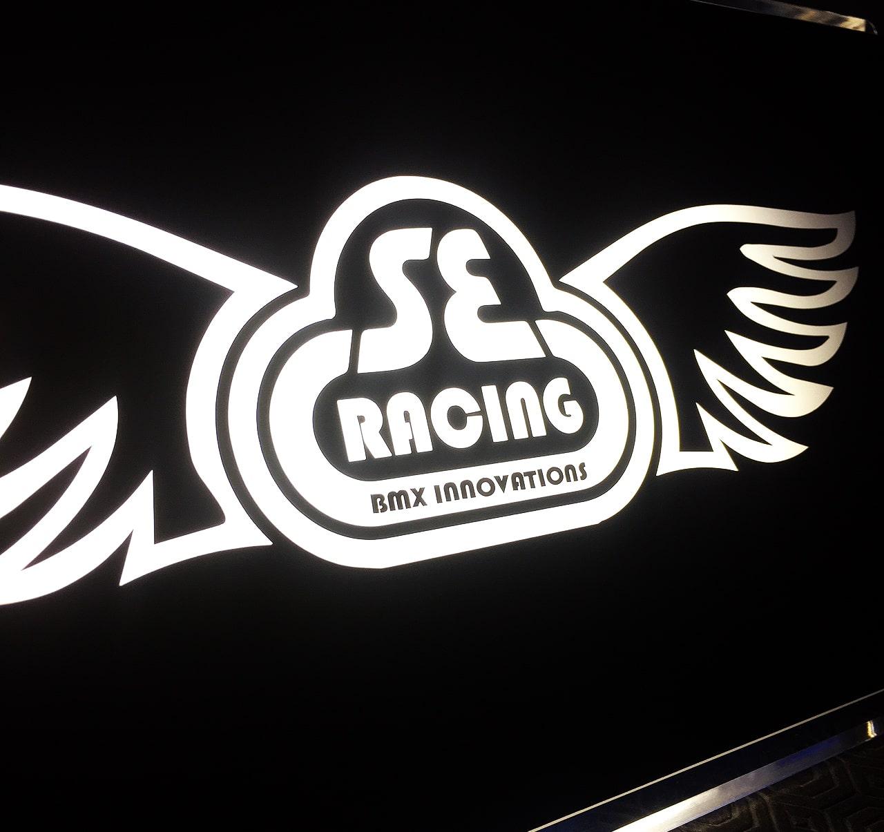 SE Racing Illuminated Beer Pump