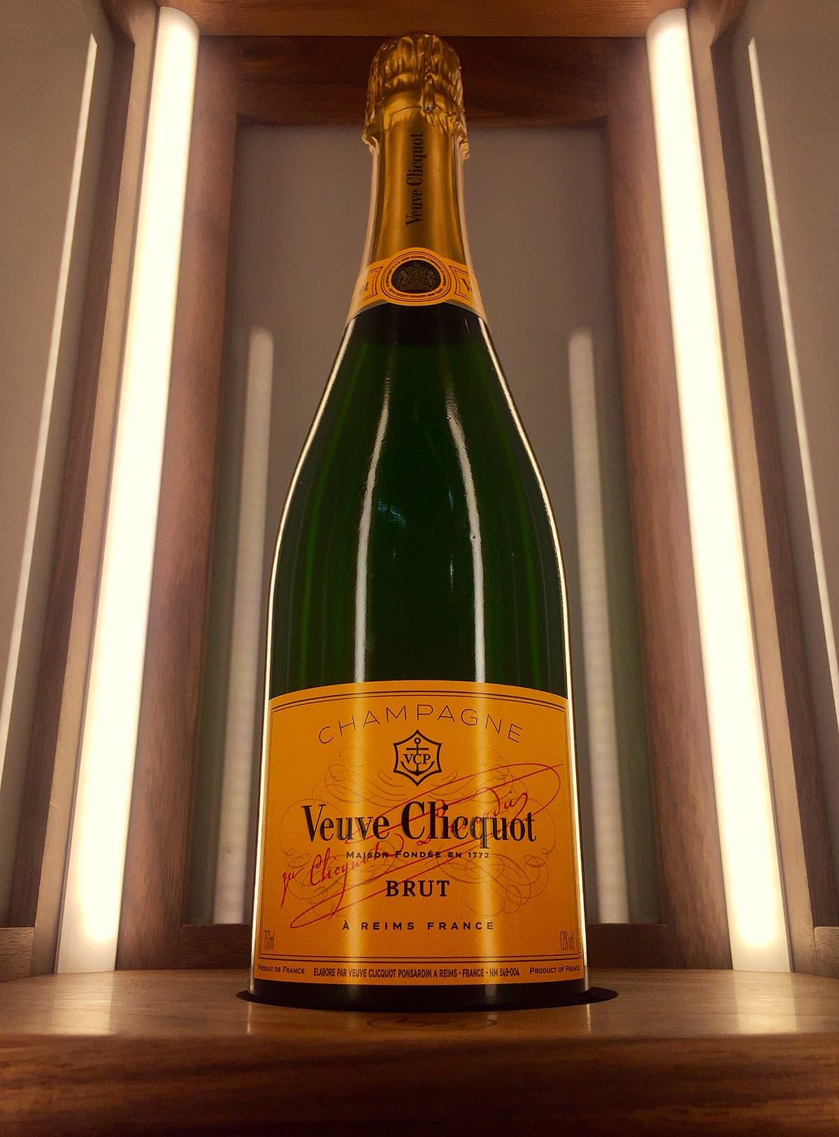 Veuve Clicquot Holder