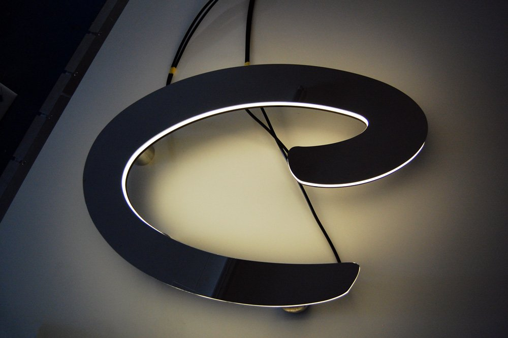 Case Study: Yacht Sign Refurbishment for M/Y Chopi Chopi Image